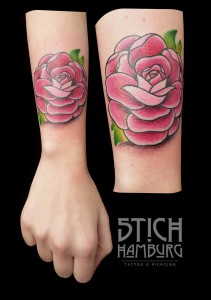 Claudia Rose Tattoo Stich Hamburg